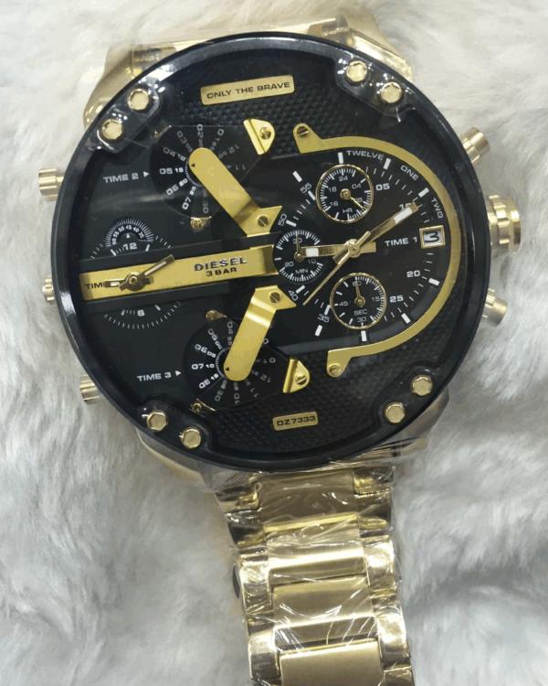 Réplica de relógio Diesel 4 Maquinas – Dourado/Preto