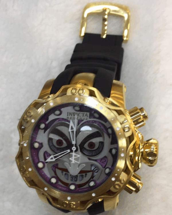 Réplica de relógio Invicta Coringa Borracha – Dourado/Roxo