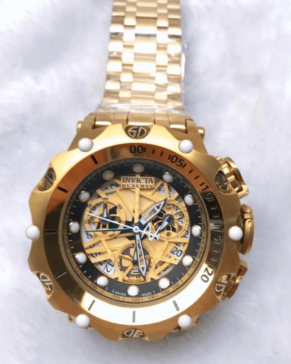 Réplica de relógio Invicta Hibrid Esqueleto – Dourado/Preto