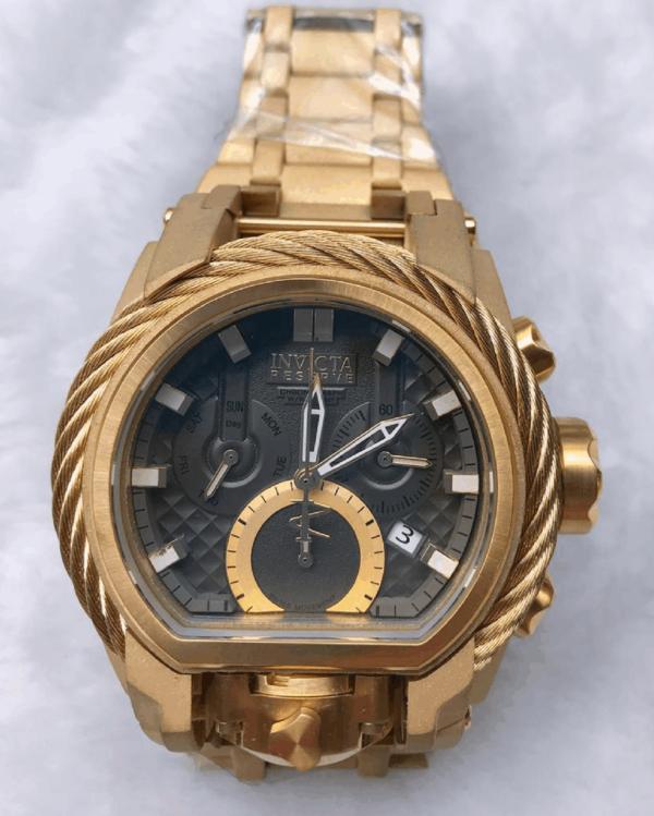 Réplica de relógio Invicta Zeus Magnum – Dourado/Preto