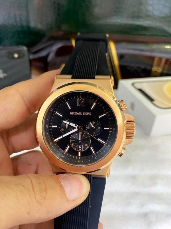 Réplica de relógio Michael Kors Borracha – Preto/Dourado