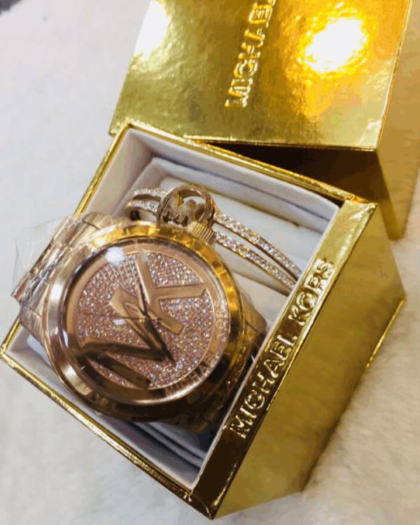 Réplica de relógio Michael Kors Aço Kit – Dourado/Rose
