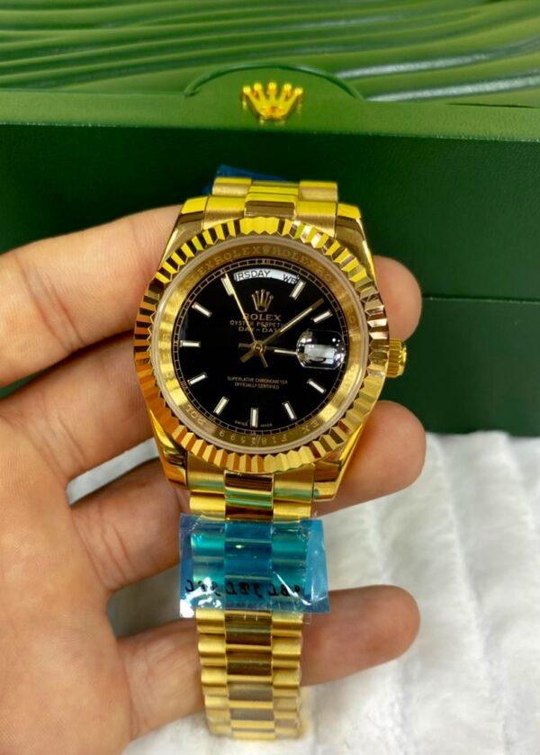 Réplica de relógio Rolex Daydate Dourado/Preto