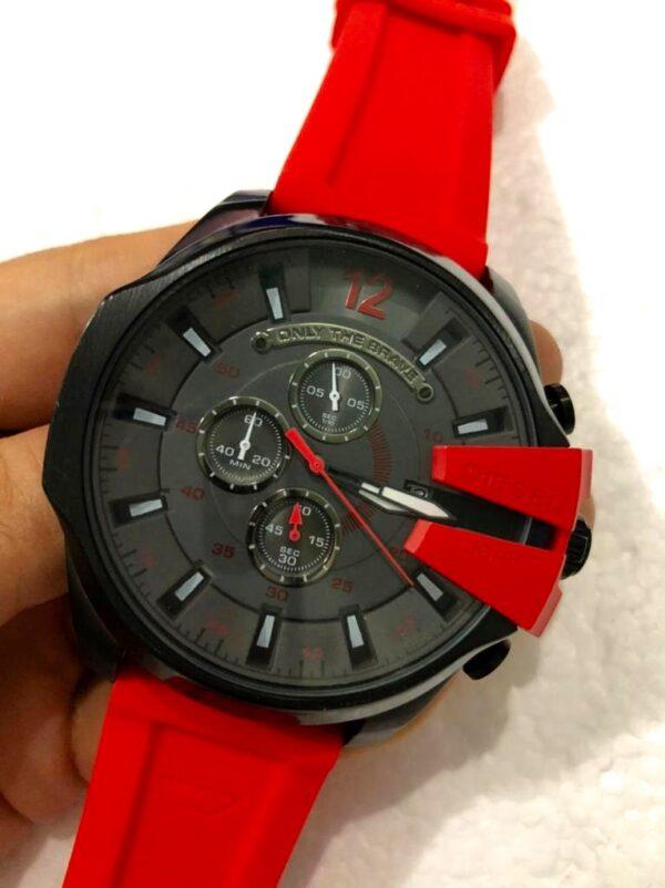 Réplica de relógio Diesel 10 Bar Borracha- Preto/Vermelho